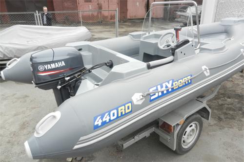 Установка мотора и системы дистанционного управления на лодку РИБ Скайбот 440RD
